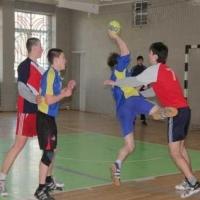 Омские гандболисты возглавили турнирную таблицу высшей лиги