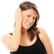 По каким причинам появляется шум в ушах