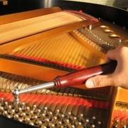 Регулярная настройка пианино – железное правило