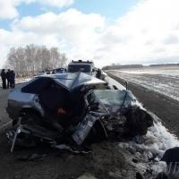В страшном ДТП в Омской области погибли двое