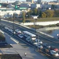 Омичи жалуются на неотрегулированные светофоры после открытия Юбилейного моста
