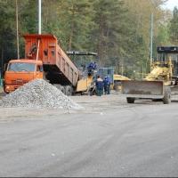 На ремонт дорог в Омске и области выделили более 700 миллионов рублей