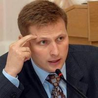 Обвиняемый в мошенничестве омский экс-депутат признал вину