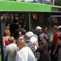 В Родительский день омичей довезет до кладбищ 171 автобус