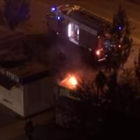В Омске на Масленникова загорелась шашлычная