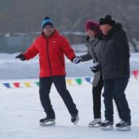 Омские чиновники приняли участие в «Рождественских катаниях»