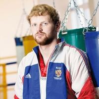 Омич в трёх боях одолел сильнейших мировых кикбоксёров