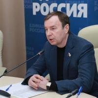 Зубарев о ценах на топливо в Омске: «Безответственный бизнес воспользовался «пересменкой» власти»