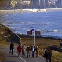 В Омске планируют построить дорогу-дублер вдоль Иртышской набережной