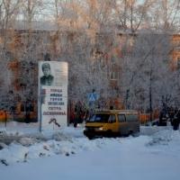 В Омске убрали стелу Петра Осминина с проезжей части