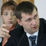 Дубин доложил депутатам Горсовета о безопасности в школах