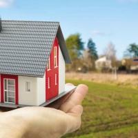 В Омской области каждая третья многодетная семья уже получила землю для строительства жилья