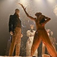 """Омский """"Пятый театр"""" заменил традиционное открытие сезона на светский бал"""