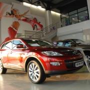 В Омске открылся официальный дилерский центр Mazda