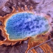 Американский супервулкан проснулся и пугает учёных