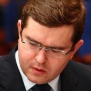 """Ведущий """"Голоса России"""" хочет свести в диспуте Бесштанько и Мединского"""