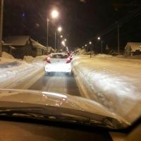 Из-за снежных завалов в Омске опять серьезные пробки