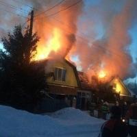 В Омском районе случился пожар в инкубаторе для цыплят