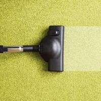 Чистка ковровых покрытий народными средствами в домашних условиях