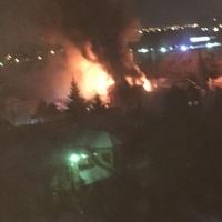 На «Зеленом острове» в Омске сгорело два элитных коттеджа