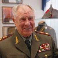 С юбилеем маршала Язова поздравили Владимир Путин и омичи