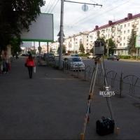 Камеру фиксации автонарушений в Омске поставили прямо на тротуар