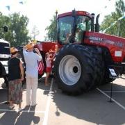 "На ""АгроОмске-2012"" заключили три сотни контрактов"