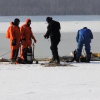 Появилось видео работы водолазов на месте полыньи на Иртыше