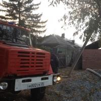 В Омске на Удалова сгорел частный дом