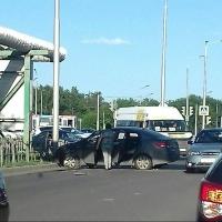 Омские автоледи не поделили перекресток