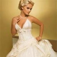 Как правильно выбрать платье по фигуре