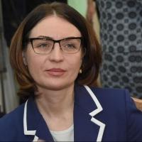 Депутаты без обсуждения согласились поднять оклад мэру Омска