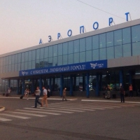 С территории Омского аэропорта убрали остановку