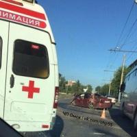 Lexus влетел в столб, пострадали пять молодых омичей