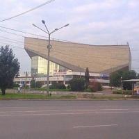 Омская прокуратура требует через суд отремонтировать СКК имени Блинова