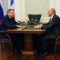 Герой России Толбоев пригласил Буркова на МАКС