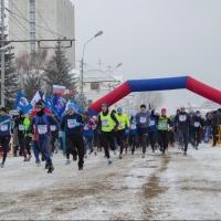 Более 900 участников пробежали Рождественский полумарафон в Омске