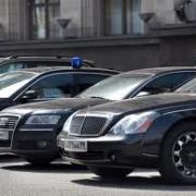 Чиновникам запретят иметь автомобили дороже 3 миллионов