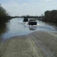 В Омской области размыло дорогу, отрезав семь деревень от райцентра