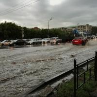 Дождь в Омске вновь залил улицы