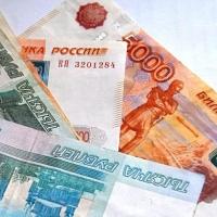 Пострадавшая на производстве женщина отсудила у молкомбината в Омской области 300 тыс рублей