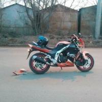 В Омске мотоциклист сбил пожилого пешехода