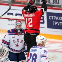 Омский «Авангард» с минимальным отрывом выиграл у СКА