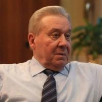 Экс-губернатор Омской области Полежаев написал книгу без «желтых сенсаций»