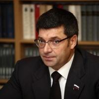 Коммунист Денисенко может стать конкурентом Буркова на выборах
