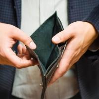 В 2017 году 620 омичей были признаны банкротами