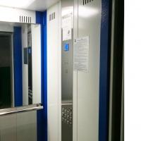 В омских многоэтажках заменили 33 лифта