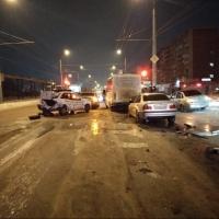 В Омске произошло ДТП с пятью машинами