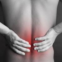 Почему болит спина после тридцати лет?