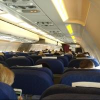 В летний сезон авиабилеты из Омска подорожали почти на 17%